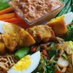 Indonezyjska sałatka Gado Gado