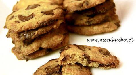 Ciasteczka z czekoladą i orzechami