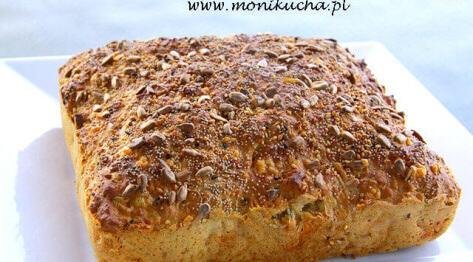Prosty, piwno-serowy chleb bez drożdży