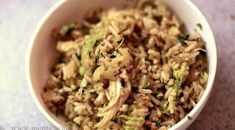 Egg fried rice z kurczakiem