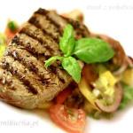 Panzanella i stek z polędwicy wołowej