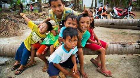 Filipiny po tajfunie – Marikaban żyje i ma się dobrze
