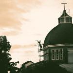 Filipiński Kościół Niezależny, czyli Iglesia Filipina Independiente – niedzielna msza w kościele w Santa Fe