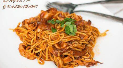 Spaghetti  z kalmarami