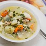 Zupa z fasoli mung z mleczkiem kokosowym