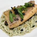 Ryba gotowana z soloną czarną fasolą (salted black beans)
